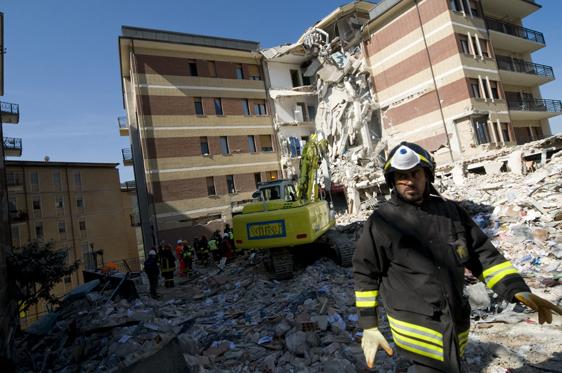 Dolore, Giustizia, Rinascita: 6 aprile 2009/6 aprile 2013 – Quattro anni dal terremoto de L'Aquila