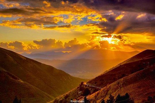 Parole da leggere, messaggio da ca(r)pire – Nuova alba sui Monti Sibillini
